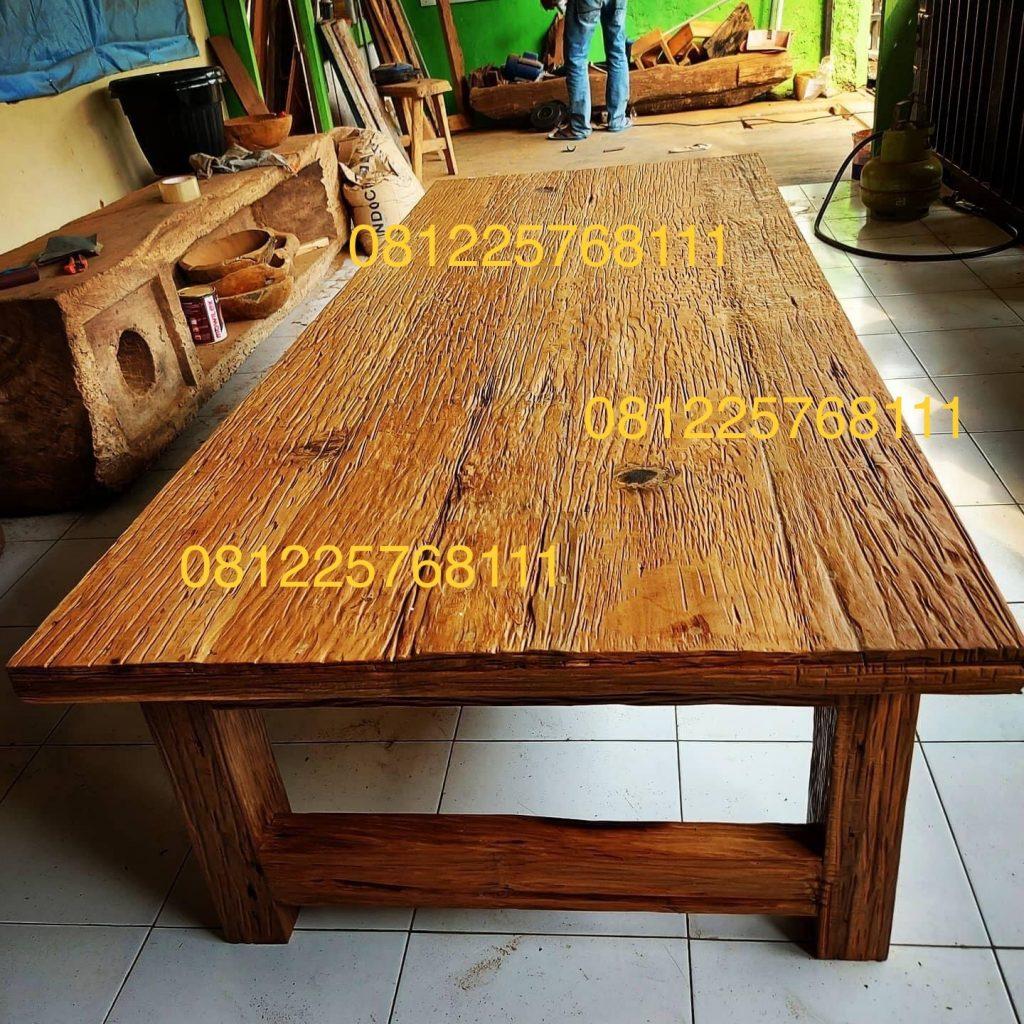 Meja Rustic Kayu Jati Lawas Bekas Rumah