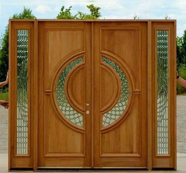 Pintu utama jati kaca lengkung kupu tarung