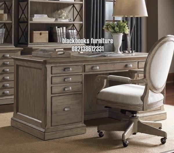 Meja Kerja Klasik Direktur Mewah Koleksi Furniture Jepara