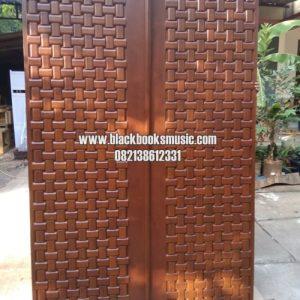 Pintu Utama Ukir Anyaman Tikar Kayu Jati Jepar Model Kupu Tarung