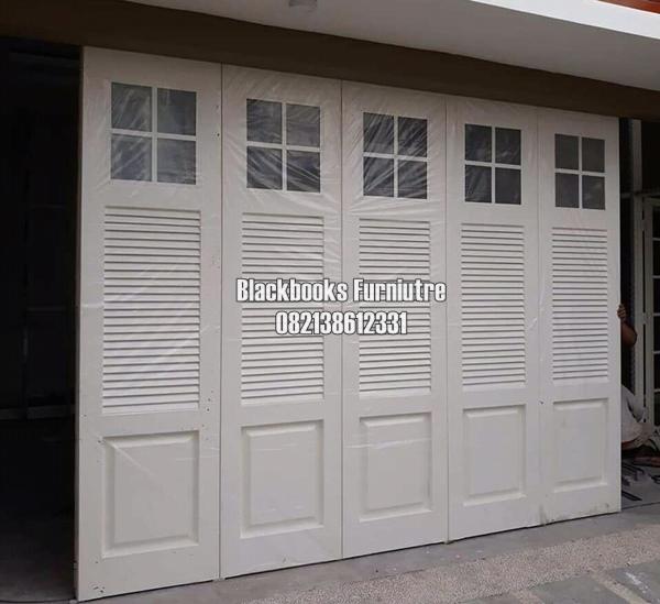 Daun Pintu Garasi Model Custom Krepyak Kayu Jati Jepara