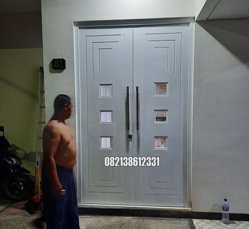 Pintu Utama Minimalis Model Kupu Tarung Jumbo Kayu Jepara